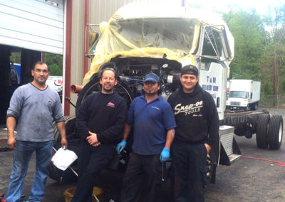 Heavy Duty Truck Repair | Merrill's Auto
